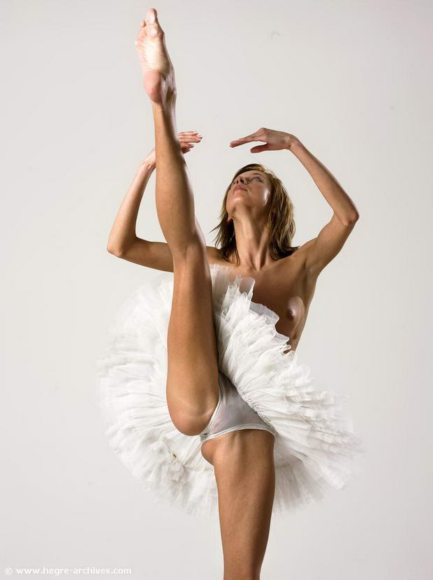 Beautiful ballet nude
