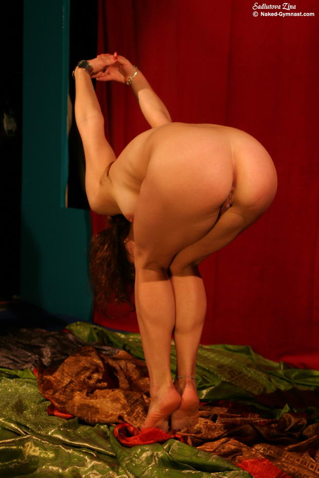 belly dancing nude