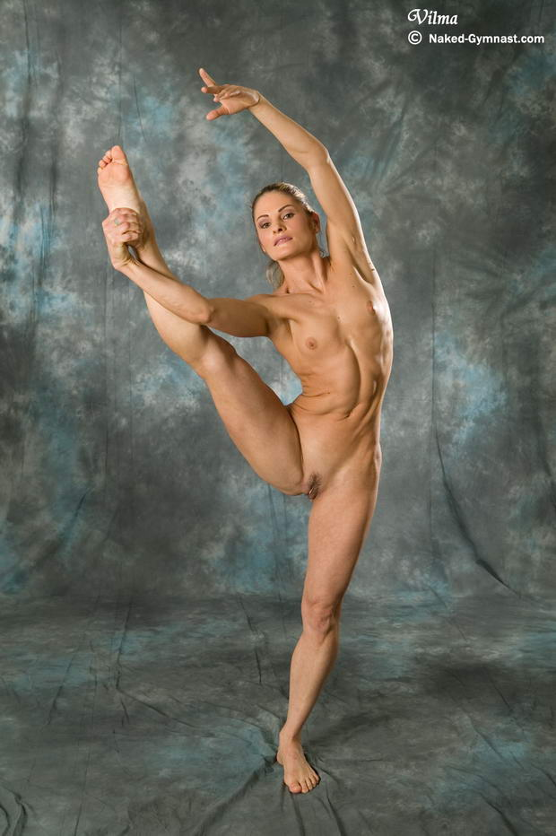 female nude ballet dancing
